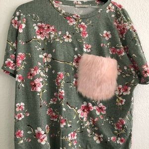 Cherry blossom top with fur pocket